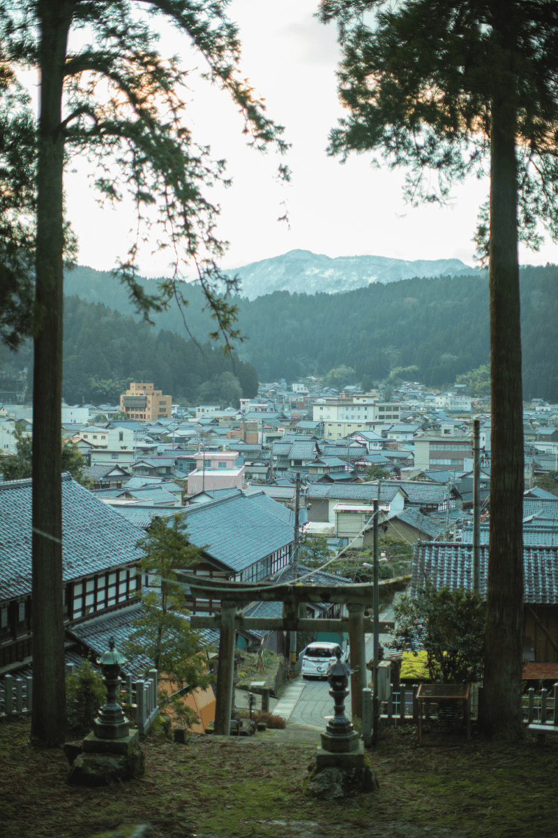 Craft Invitationは、そんな福井のまちや人の魅力を紹介する私設観光案内所です。